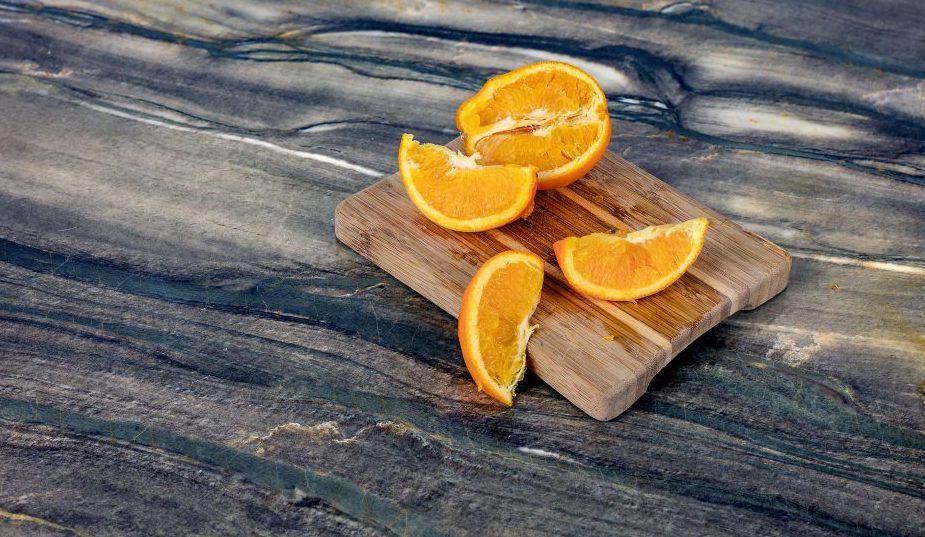 Oranges WEB